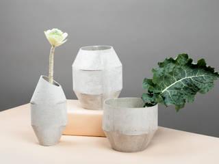 CIMENTO vases:   por Vicara