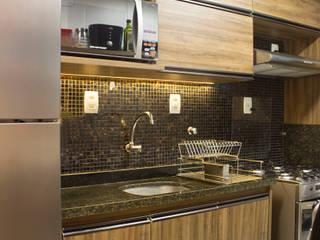 Apartamento Armação: Cozinhas  por Studio MAR Arquitetura e Urbanismo,Moderno