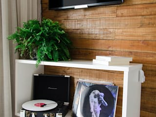 Apartamento Barra Exclusive: Salas de estar  por Studio MAR Arquitetura e Urbanismo,Moderno