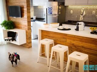 Apartamento Barra Exclusive: Cozinhas  por Studio MAR Arquitetura e Urbanismo,Moderno