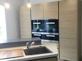 Stockport kitchen Cocinas de estilo moderno de Diane Berry Kitchens Moderno