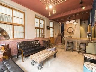 台南民宿/樂宅1960 根據 山巷室內設計 古典風