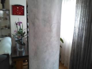 Pintura decorativa de columna de hormigón imitando a mármol gris de Trestepintan