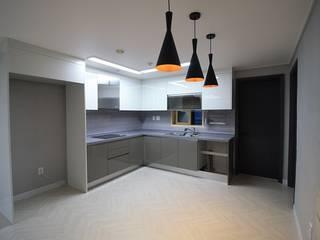 Moderne Küchen von 디자인란 Modern