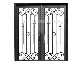 Puerta de entrada Linea Clásica: Casas de estilo  por Del Hierro Design
