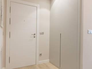 REFORMA PISO DONOSTIA Vestidores de estilo moderno de Rooms de Cocinobra Moderno