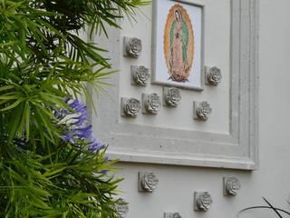 Casa de Campo: Jardines de estilo  por Álzar