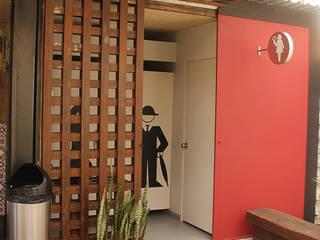 インダストリアルな商業空間 の Chromatico Arquitectura インダストリアル