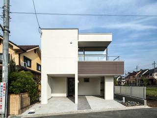 Rumah Modern Oleh 大塚高史建築設計事務所 Modern