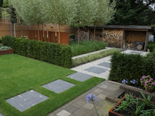 Industrial style garden by BMT Industrial