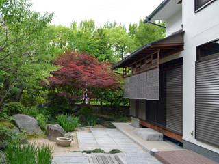 緑地公園の家リノベーション モダンな庭 の 大塚高史建築設計事務所 モダン