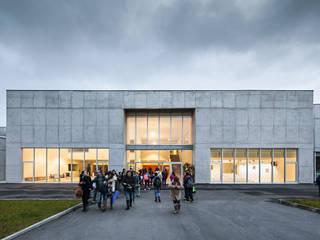 Baltar School : Escolas  por CNLL,Minimalista