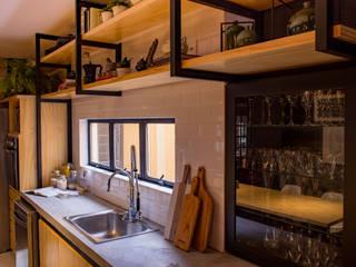 Treez Arquitetura+Engenharia Cozinhas industriais Cerâmica Amarelo