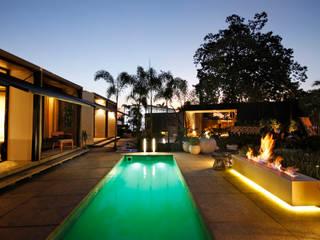 Moderne Pools von CLS ARQUITETURA Modern