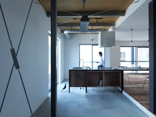 Industrial style kitchen by ALTS DESIGN OFFICE Industrial