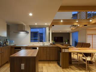N2-house: Architect Show co.,Ltd Nabaが手掛けたキッチンです。
