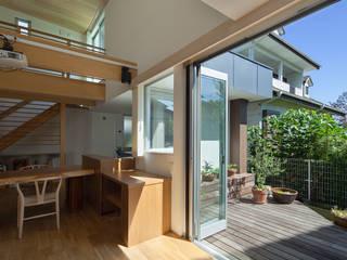 N2-house: Architect Show co.,Ltd Nabaが手掛けた庭です。