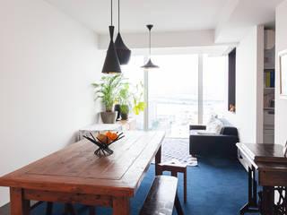 Ruang Keluarga oleh 株式会社ブルースタジオ