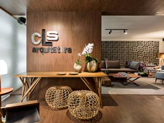 Moderner Flur, Diele & Treppenhaus von CLS ARQUITETURA Modern