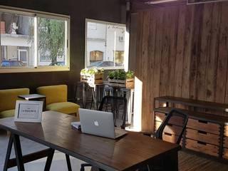 Grupo Madero Modern style study/office Engineered Wood Wood effect