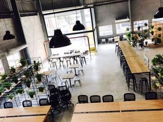 Modern study/office by Grupo Madero Modern