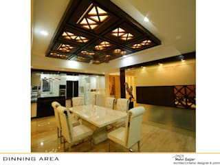 Private Residence:  Dining room by malvigajjar,Modern