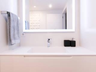 minimalist  by Rooms de Cocinobra, Minimalist