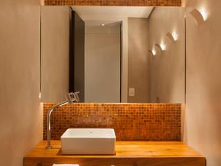 Tripper Arquitetura: Salas de estar  por Tripper Arquitetura,Moderno