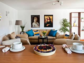 Szybki i tani hmestaging mieszkania od Mhomestudio Nowoczesny