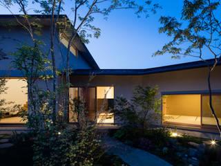 ある画家のアトリエ: 乗松得博設計事務所が手掛けた家です。