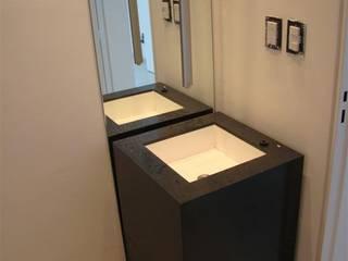Salle de bains de style  par ARKIZA, Moderne