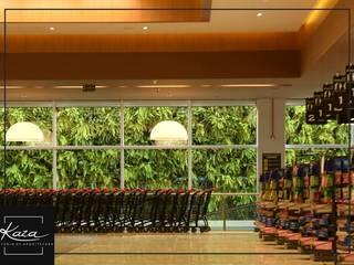 Beltrame Supermercado da Helvio Basso  Santa Maria: Edifícios comerciais  por Kaza Estúdio de Arquitetura,Moderno