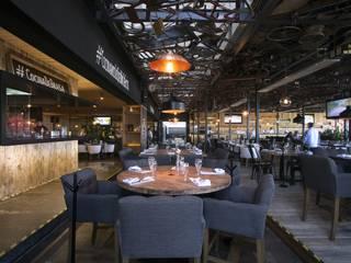 Ampliación Sonora Grill Juriquilla Gastronomía de estilo moderno de PASQUINEL Studio Moderno