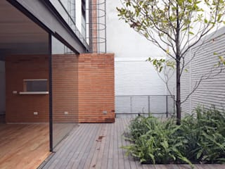 Hb/arq Balkon, Beranda & Teras Modern