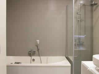 Banheiros  por Grupo HC , Moderno