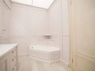 Classic style bathroom by Falegnameria Grelli Danilo Classic
