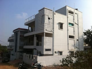 V N RAO Residence at West Marredpally:   by Walls Asia Architects and Engineers