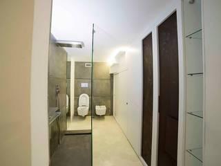 Baños de estilo  por Falegnameria Grelli Danilo