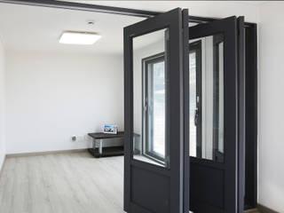 Habitaciones modernas de 한글주택(주) Moderno