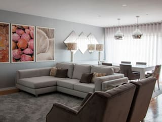 Living room by Grupo HC