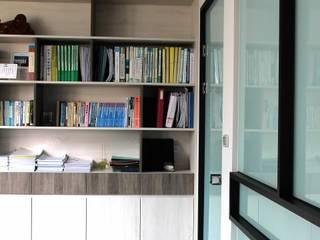 築一國際室內裝修有限公司 Moderne Geschäftsräume & Stores