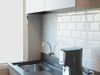Kitchen by Ambientta Arquitetura, Minimalist