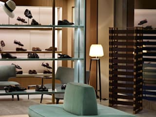 roberto lazzeroni Offices & stores