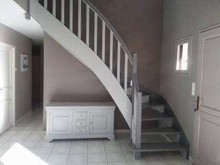 Relooking meubles merisier et escalier par Luka Deco Design Moderne