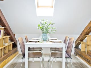 Apartment in Mala Strana #1 Scandinavian style dining room by Stag Pads International Ltd. Scandinavian
