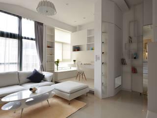 Oficinas y bibliotecas de estilo moderno de 瓦悅設計有限公司 Moderno