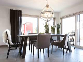 Ruang Makan by FingerHaus GmbH