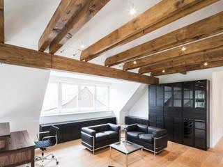 Bauernhaus:  Arbeitszimmer von Patricia Ramiro Architekten BDA