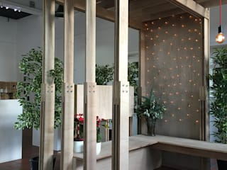 Plywood + Bolts de Woodside Parker Kirk Architects Escandinavo