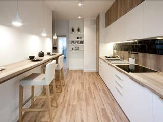 KLASYCZNY SKANDYNAWSKI PROJEKT: styl , w kategorii Kuchnia zaprojektowany przez IDAFO projektowanie wnętrz i wykończenie